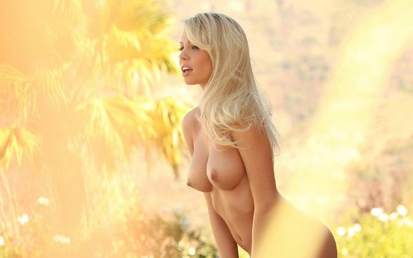 Фото очень красивых голеньких девушек